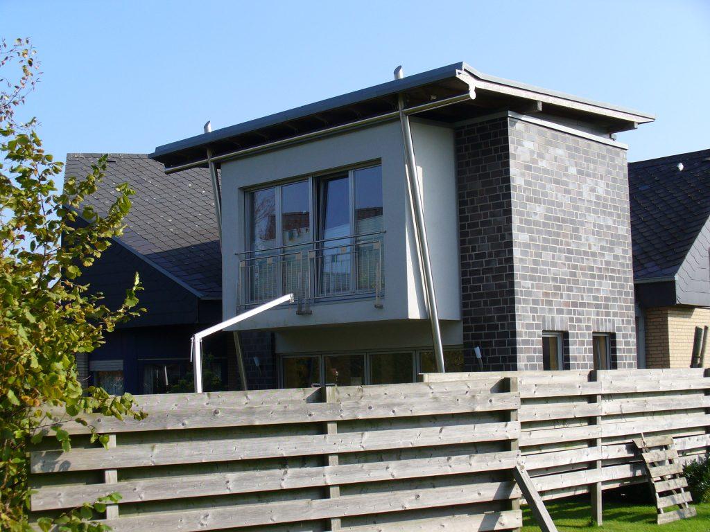 Anbau an bestehendes Einfamilienhaus mit Keller